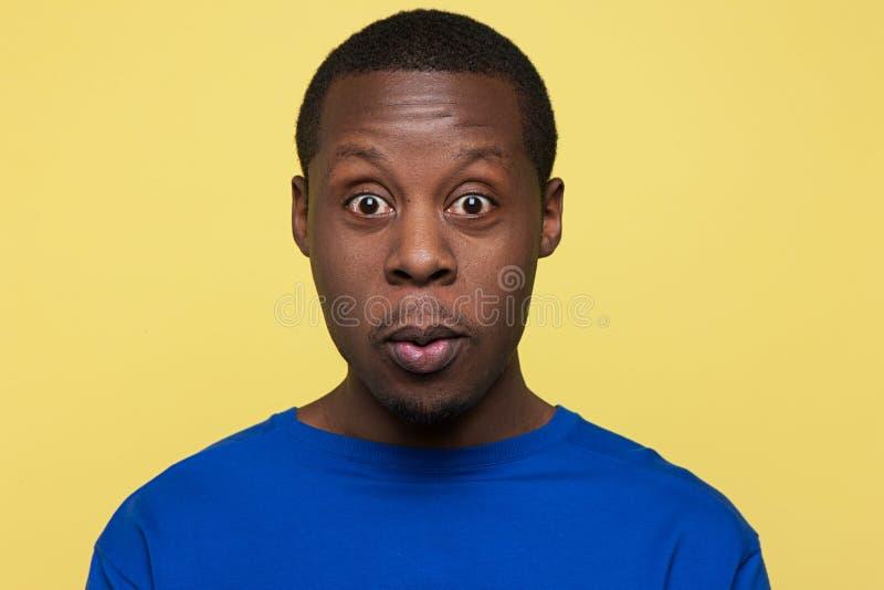 Verraste Afrikaanse Amerikaan Emotie van verbazing royalty-vrije stock fotografie