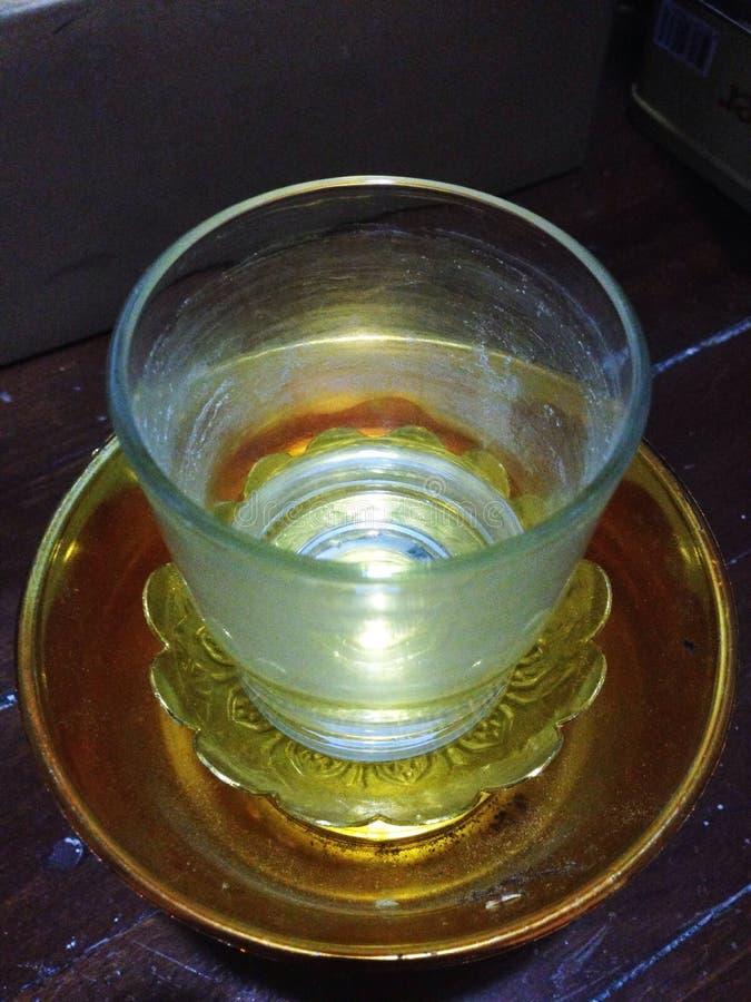 verre avec le piédestal photo libre de droits