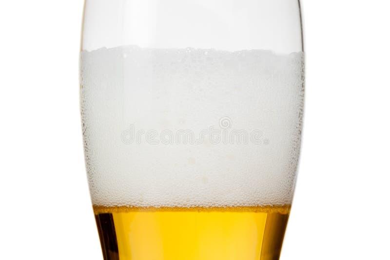 Download Verre De Bière Avec La Mousse Sur Le Blanc Photo stock - Image du froid, soigné: 77160860