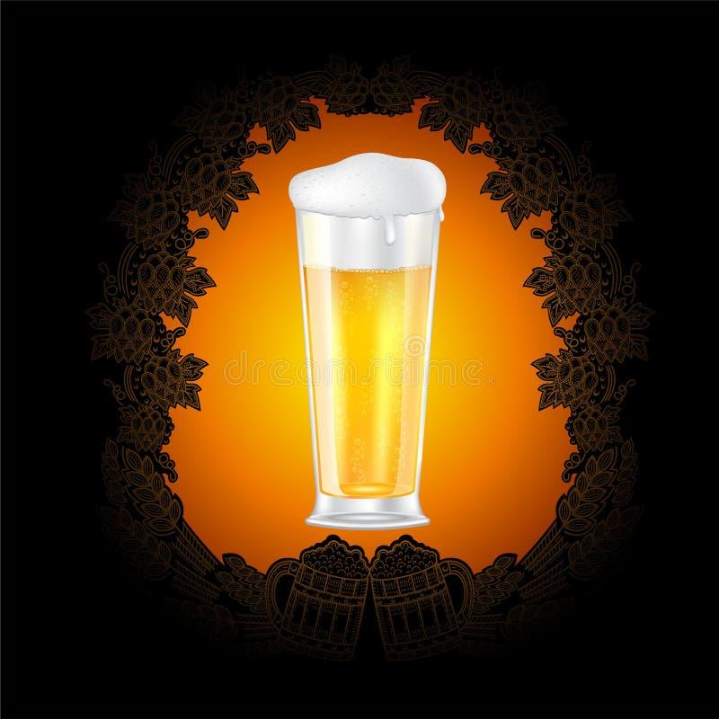 Verre de bière réaliste au centre du tableau noir avec le cadre de style d'or du contre d'houblon, épis illustration de vecteur