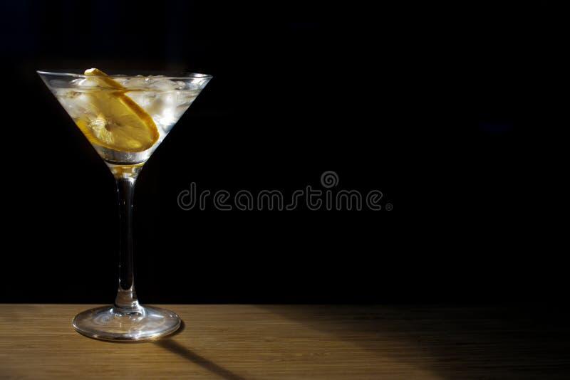 Verre de cocktail en verre image libre de droits