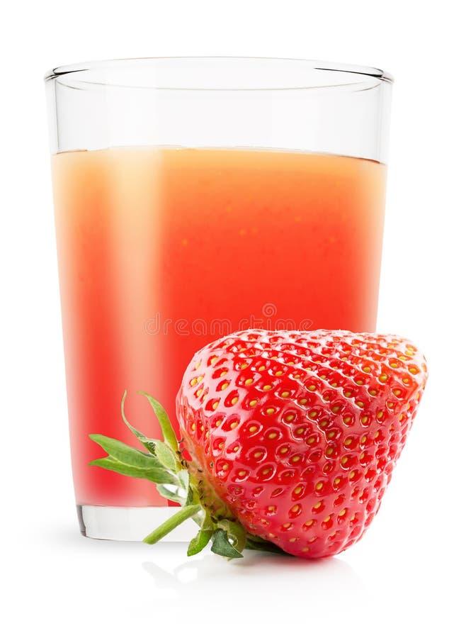 Verre de jus de fraise d'isolement sur le fond blanc photos libres de droits