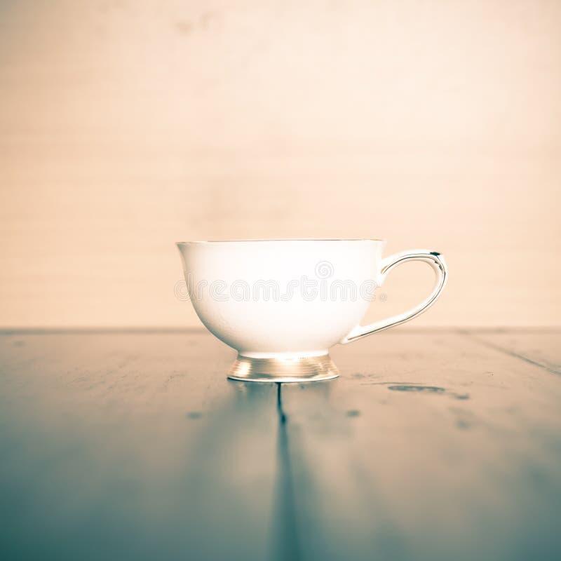 Download Verre de thé image stock. Image du vieux, frais, herbal - 56490845