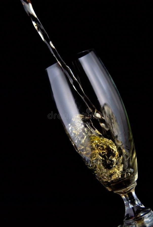Verre de vin versé