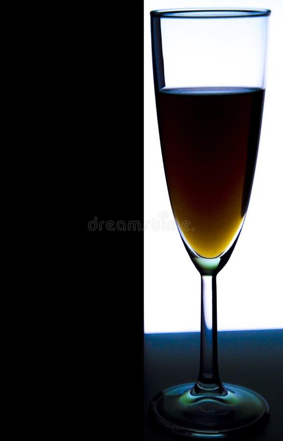 Verre ou stemware avec du vin d'alcool, le whiskey, le genièvre, la bière, le rhum, la vodka, écossais, cognac, boisson alcoolisé photographie stock
