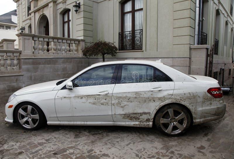 Water beschadigde auto in de nasleep van Orkaan Zandig in Verre Rockaway, NY stock afbeeldingen