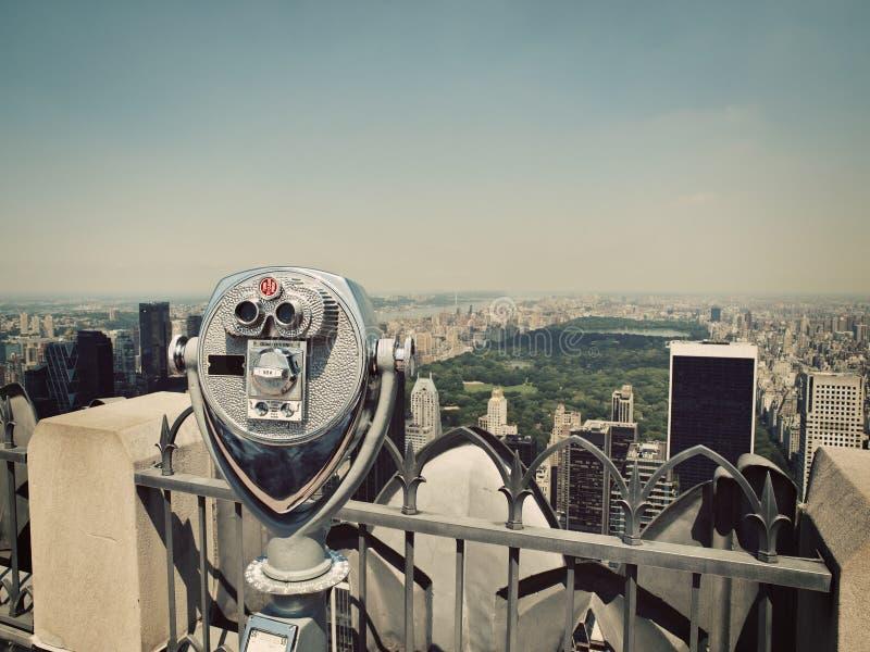 Verrekijkers en Central Park royalty-vrije stock foto's