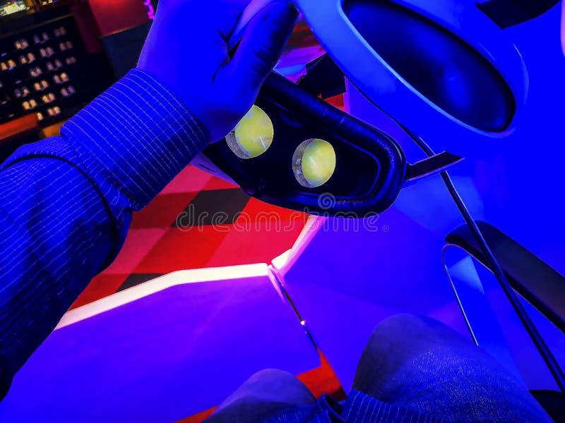 verres 3D dans le cinéma image libre de droits