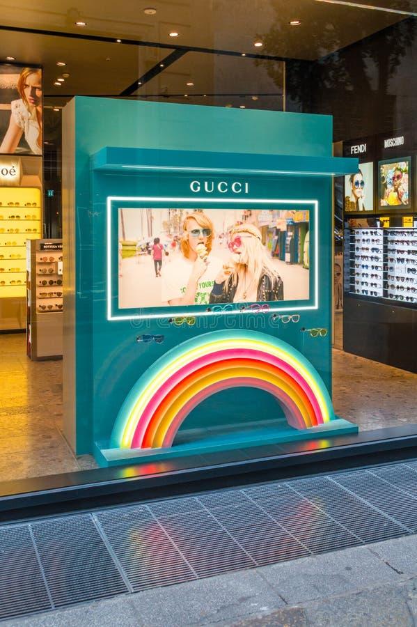 Verres de Gucci à Gucci dans Mialn image libre de droits