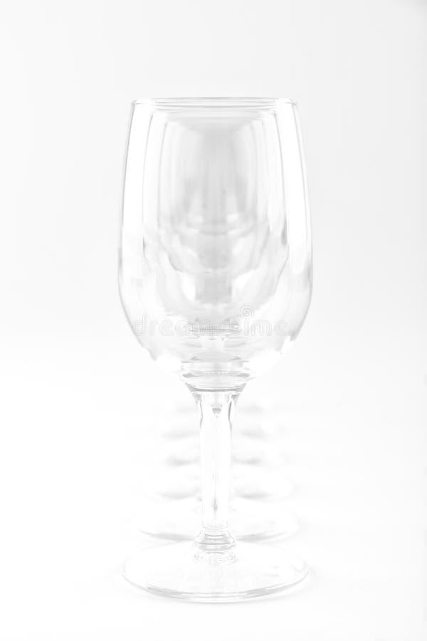 6 verres de vin dans une rangée - clé élevée image libre de droits