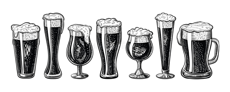 Verres et tasse de bière de vecteur Style gravé tiré par la main de vintage illustration libre de droits