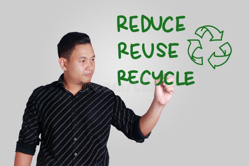 Verringern Sie Wiederverwendung aufbereiten, Motivwort-Zitat-Konzept stockfoto