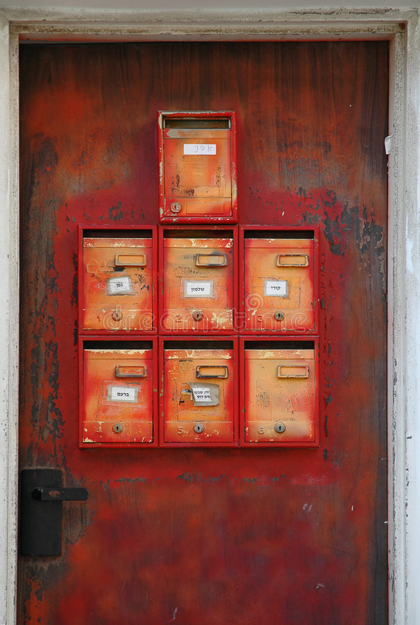 Verrostende Mailboxes lizenzfreie stockbilder