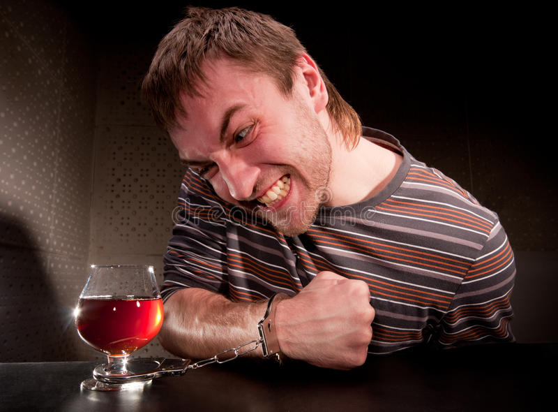 Verrouillé alcoolique à la glace d'alcool photo libre de droits