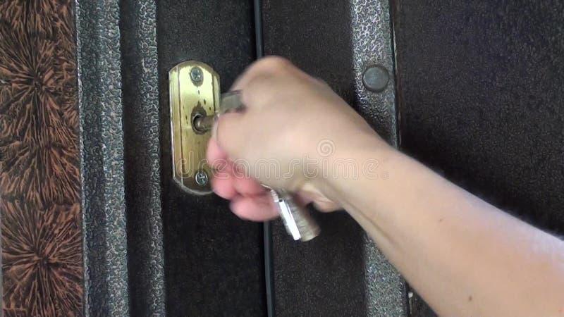 Verrouillage de la porte blindée 2 banque de vidéos