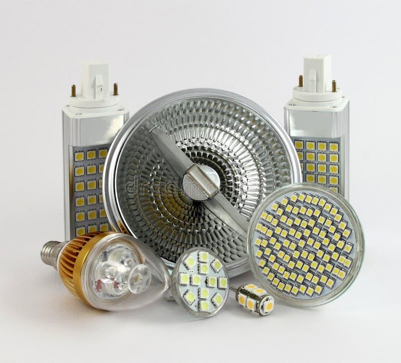 Versões diferentes de lâmpadas do diodo emissor de luz fotos de stock