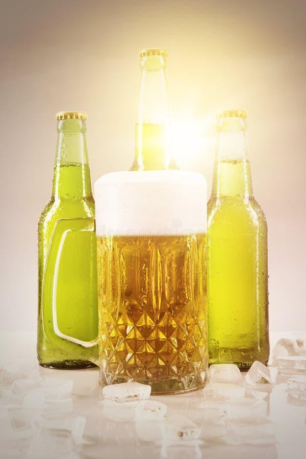 Vers bier met instagramfilter stock fotografie