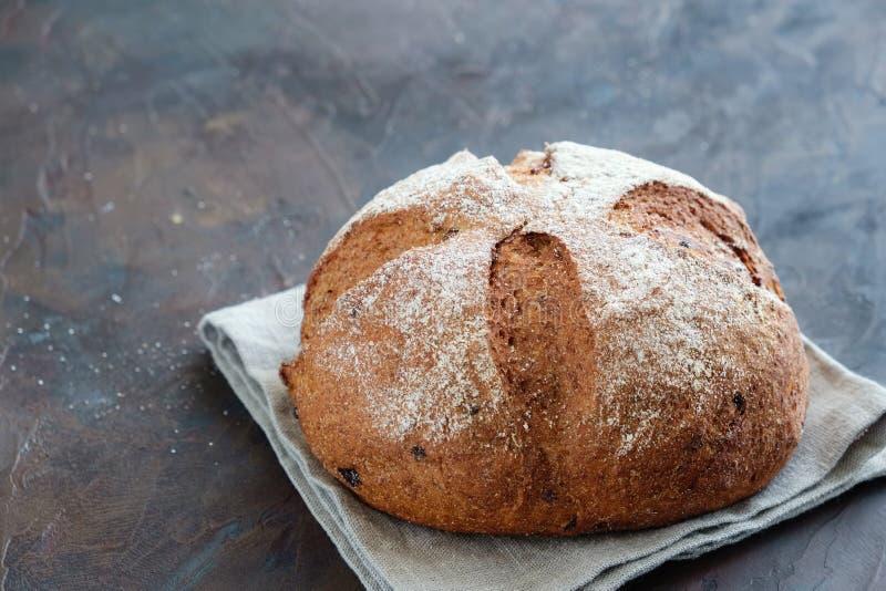 Vers brood op een servet royalty-vrije stock fotografie