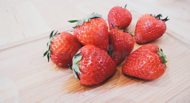 Vers die fruit direct van de tuin in Indonesi? wordt geplukt stock foto