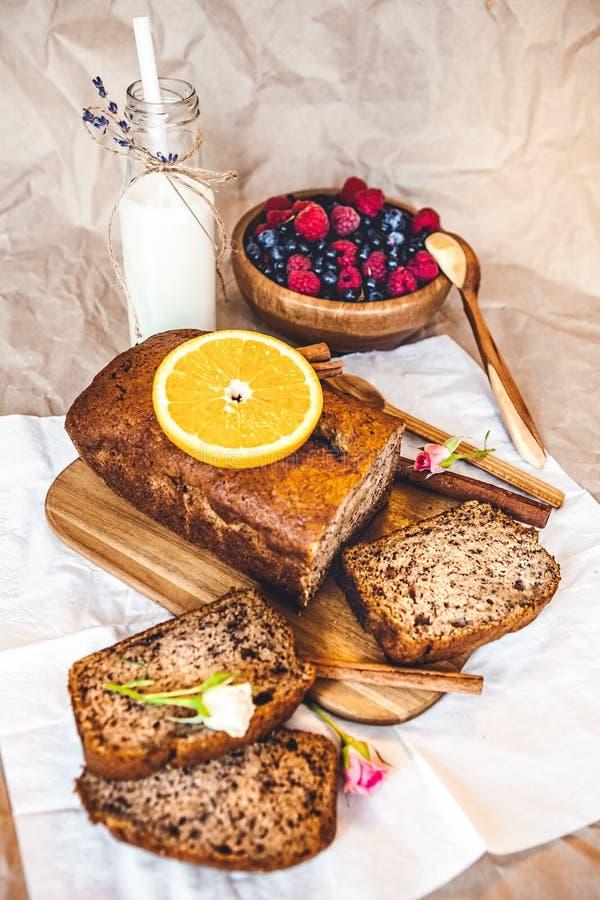 Vers gebakken brood stock foto's
