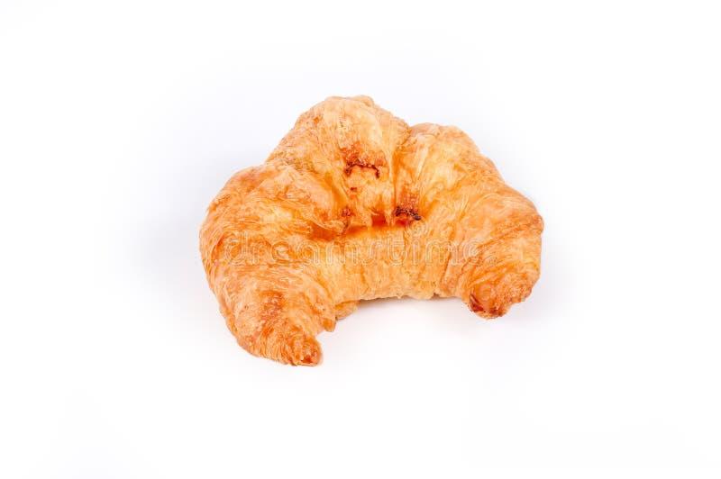 Vers gebakken die croissant, verse en smakelijke croissants op een witte achtergrond worden geïsoleerd royalty-vrije stock afbeeldingen
