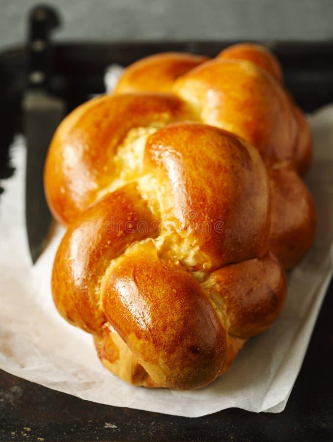 Vers gebakken zoet gevlecht broodbrood Challahbrood royalty-vrije stock afbeelding