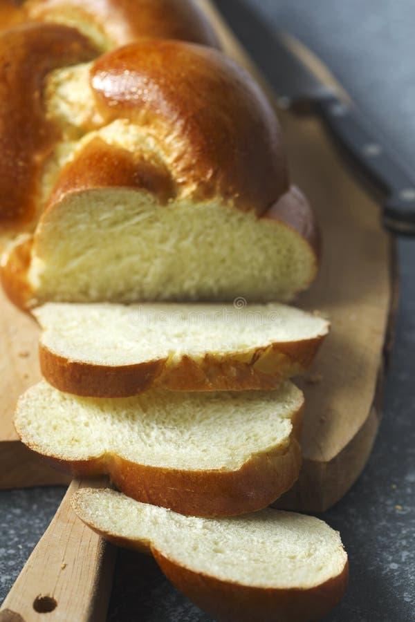 Vers gebakken zoet gevlecht broodbrood Challahbrood stock foto