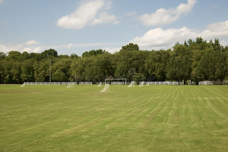 Vers Gemaaid voetbalgebied stock fotografie