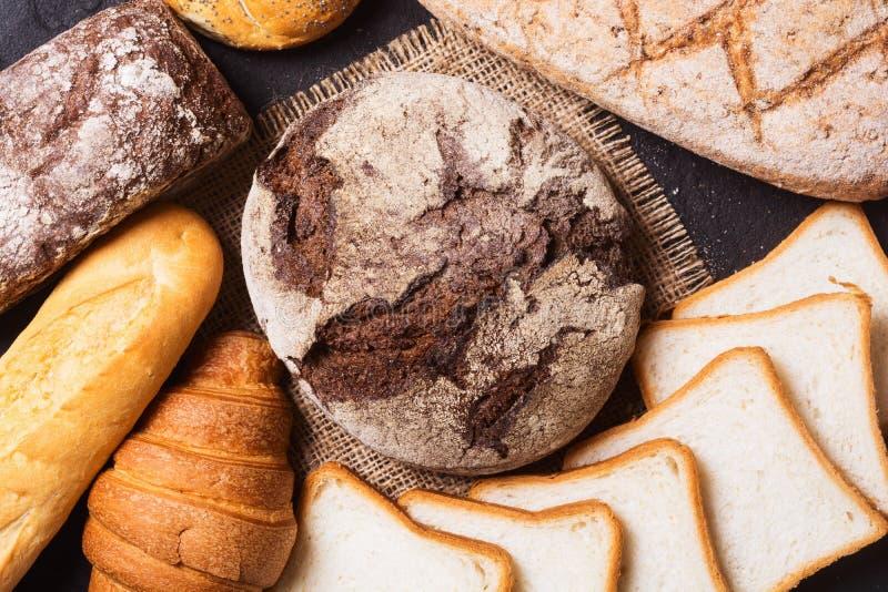 Vers geurig brood stock foto's