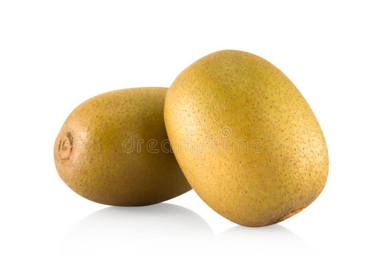 Vers gouden die kiwifruit op witte achtergrond, gezondheidszorgconcept wordt geïsoleerd stock afbeeldingen