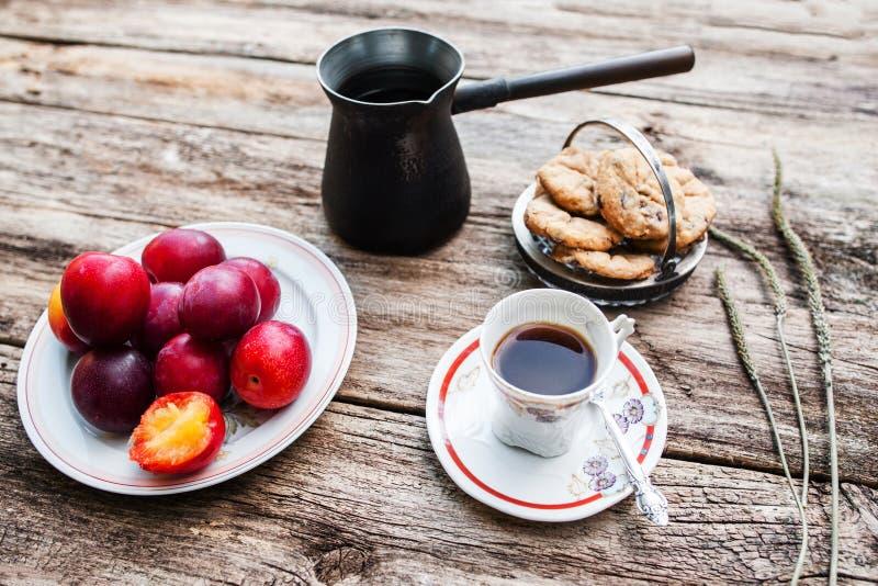 Vers smakelijk de herfstontbijt, rustieke stijl stock afbeelding