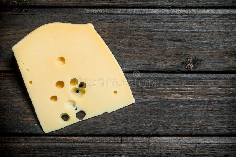 Vers stuk van kaas royalty-vrije stock afbeeldingen