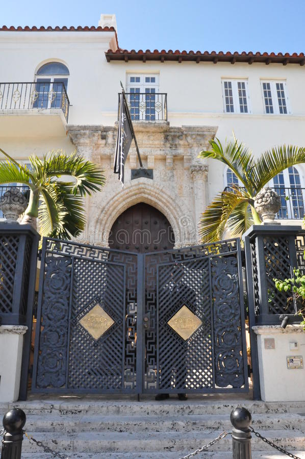 Download Versace Mansion In Miami, Florida Editorial Stock Image - Image of famous, beach: 34198724