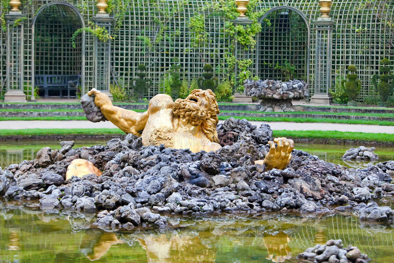 Versailles. Fontaine Enkelados photographie stock