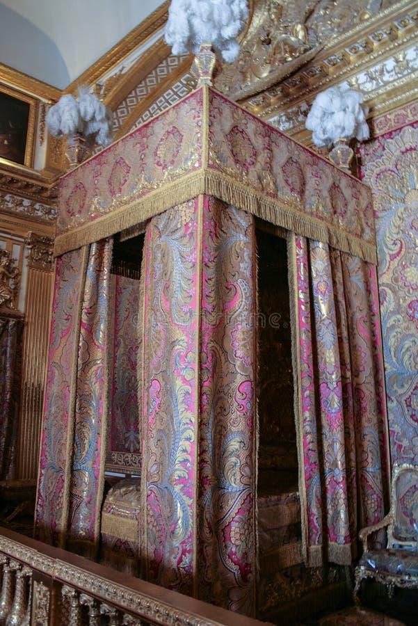 05 05 2008, Versailles, France Intérieur de la chambre à coucher du palais Visite touristique de la France photos stock