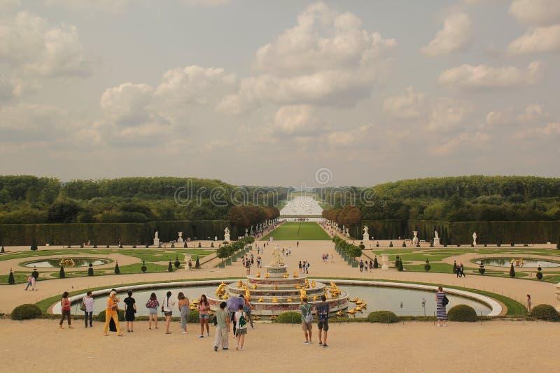 Versailles, Paryż Francja, Sierpień, - 26,2017: Piękny wielki widok pałac w letnim dniu fotografia royalty free