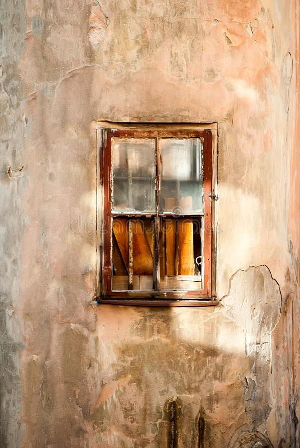 Verschalt herauf altes Fenster lizenzfreie stockfotografie
