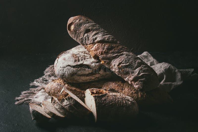 Verscheidenheid van Artisanaal brood royalty-vrije stock fotografie