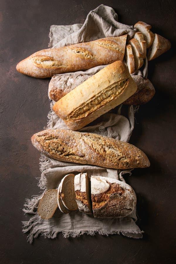 Verscheidenheid van Artisanaal brood royalty-vrije stock foto