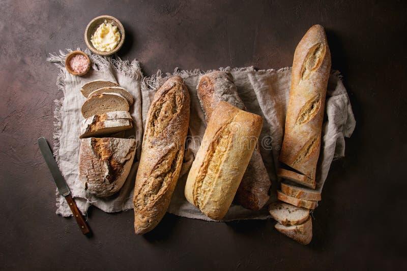 Verscheidenheid van Artisanaal brood royalty-vrije stock afbeelding