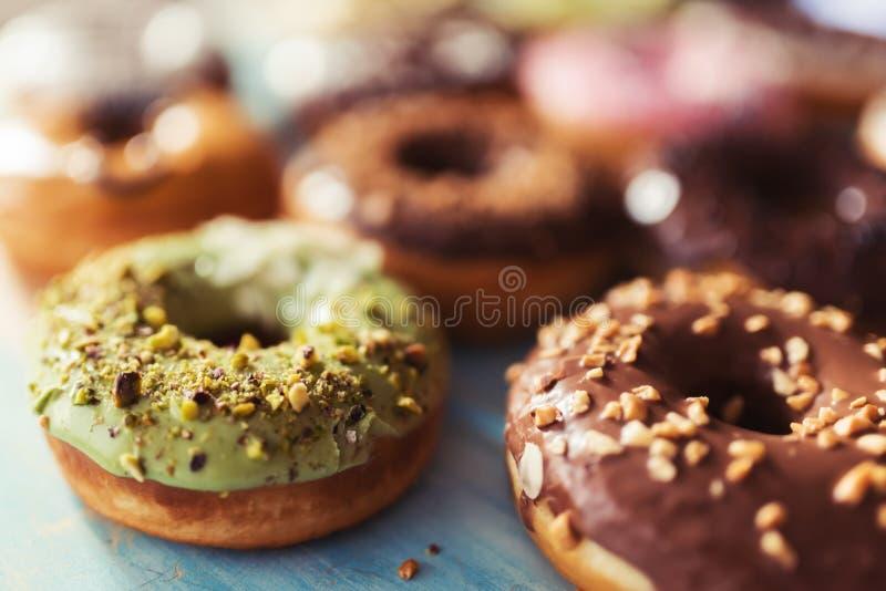 Verscheidenheid van donuts stock foto