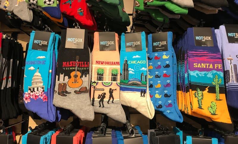 Verscheidenheid van sokken met geografische plaatsen stock fotografie