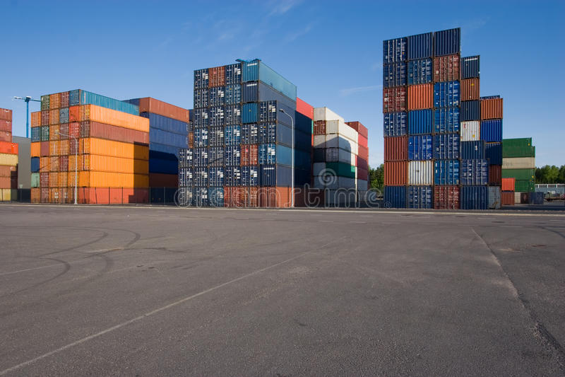Verschepende containers royalty-vrije stock afbeeldingen