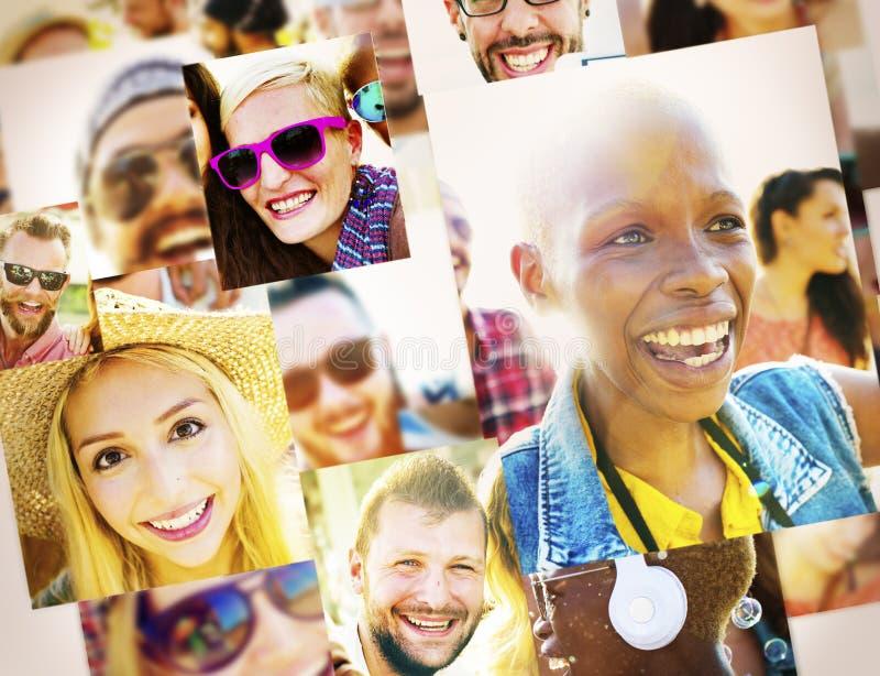 Verschiedenartigkeits-Freund-Freundschafts-lächelndes Gemeinschaftskonzept lizenzfreie stockfotos