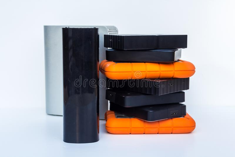 Verschiedene Arten von externen Festplattenlaufwerken des Computerspeichers stockfotos