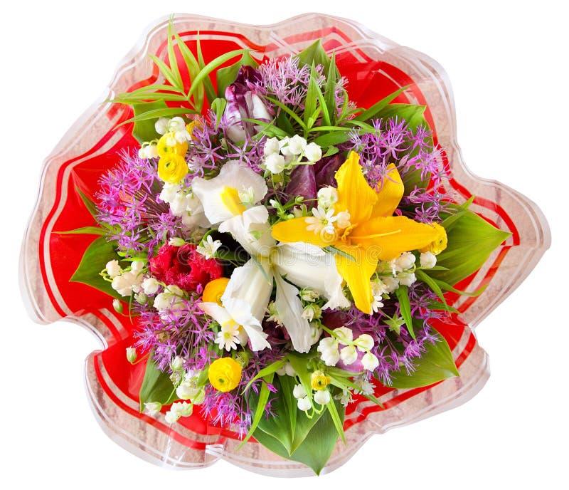 Verschiedene Blumen des Blumenstraußes in der Draufsicht lokalisiert auf weißem Hintergrund, mit Beschneidungspfad stockfotos