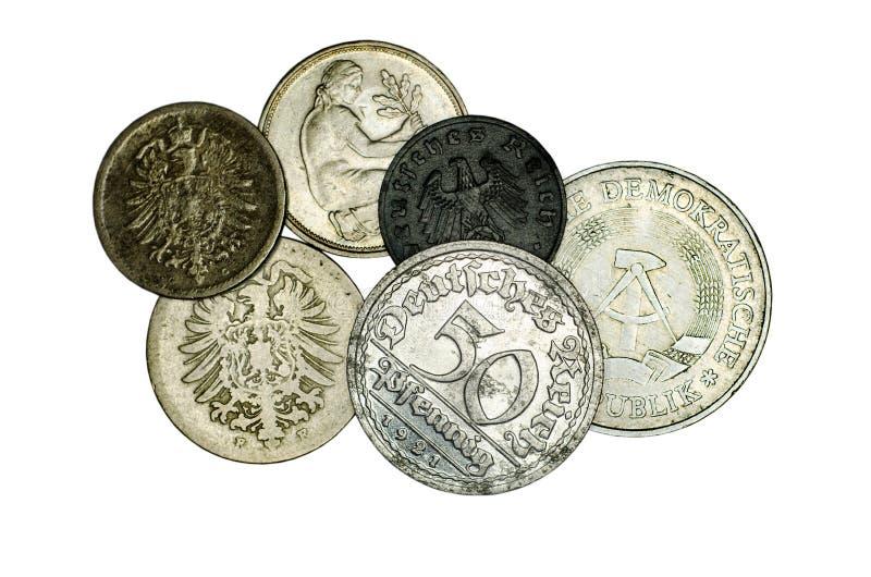 Verschiedene deutsche Münzen stockfotos