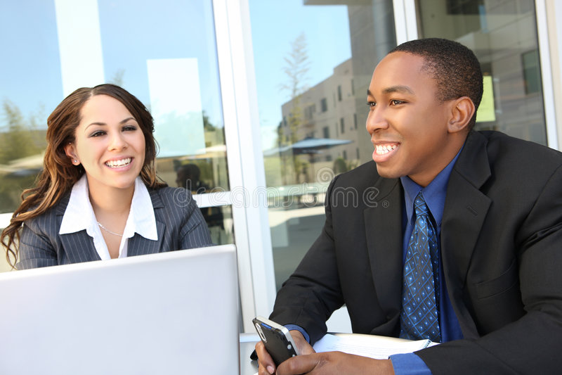 Verschiedene Geschäftsteamsitzung als Gruppe stockbilder