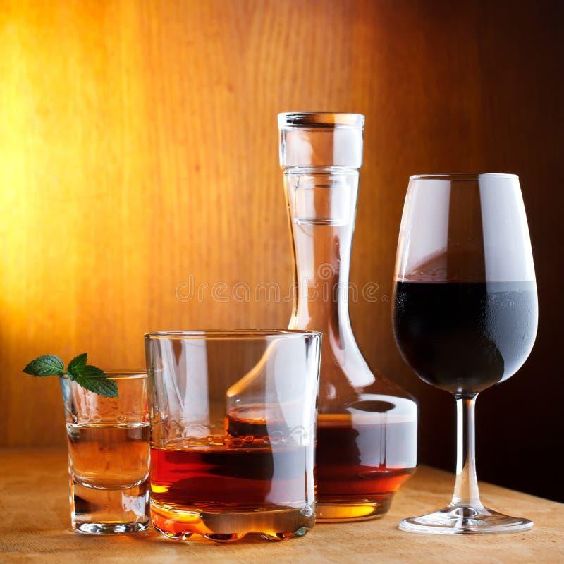 Verschiedene Getränkgetränke lizenzfreie stockbilder