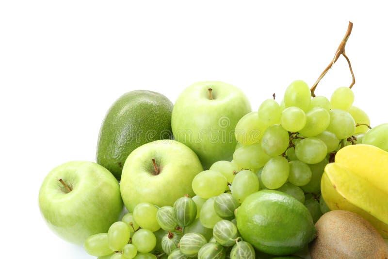 Verschiedene grüne Früchte stockbilder